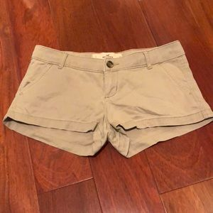 Hollister Khaki Short size 1 (25)